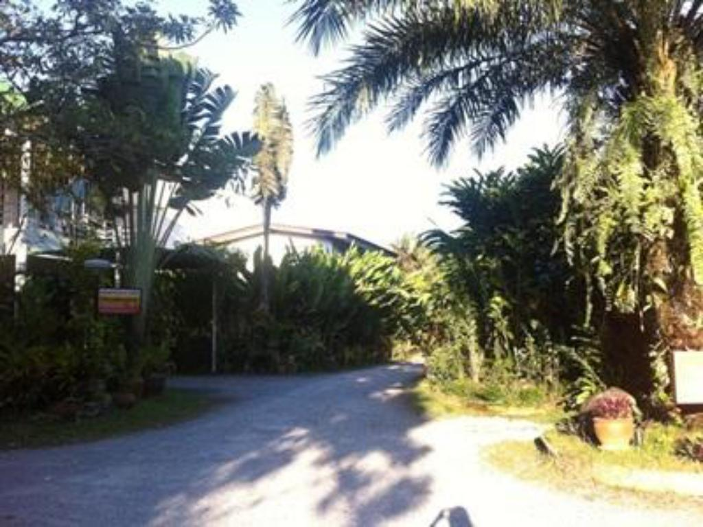 Vchod Palm Chalet Resort