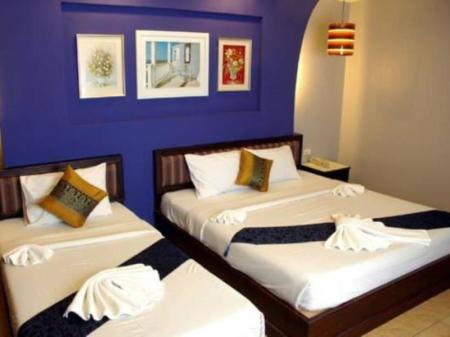 Deluxe Family 3 Adults - Guestroom A Mansion Hotel