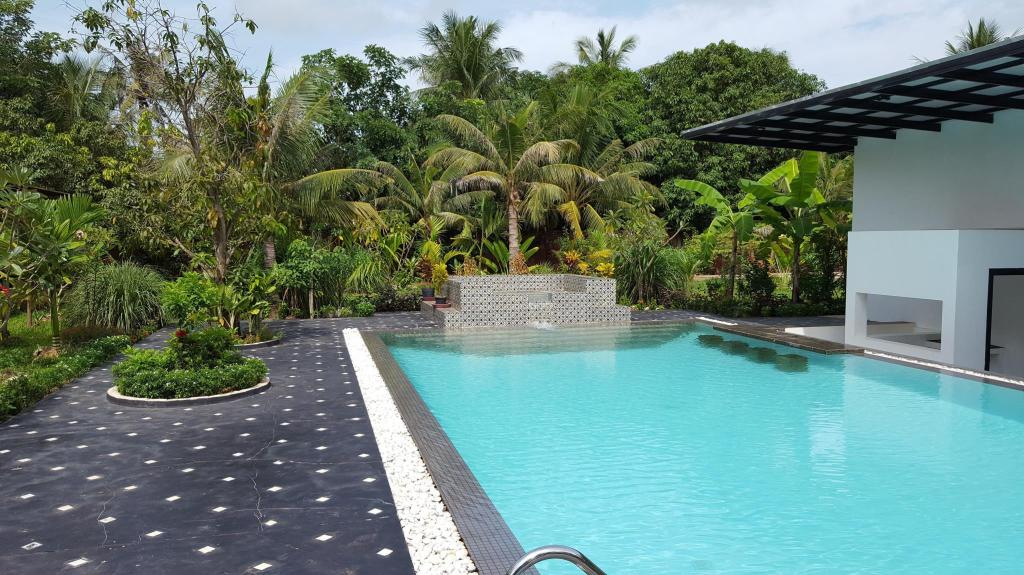Swimmingpool LUXURY POOL VILLA BY ANGKOR EXPERIENCE