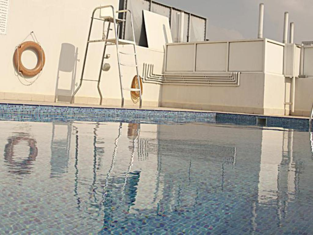 Swimming pool Tulip Inn Hotel Apartments, Al Qusais