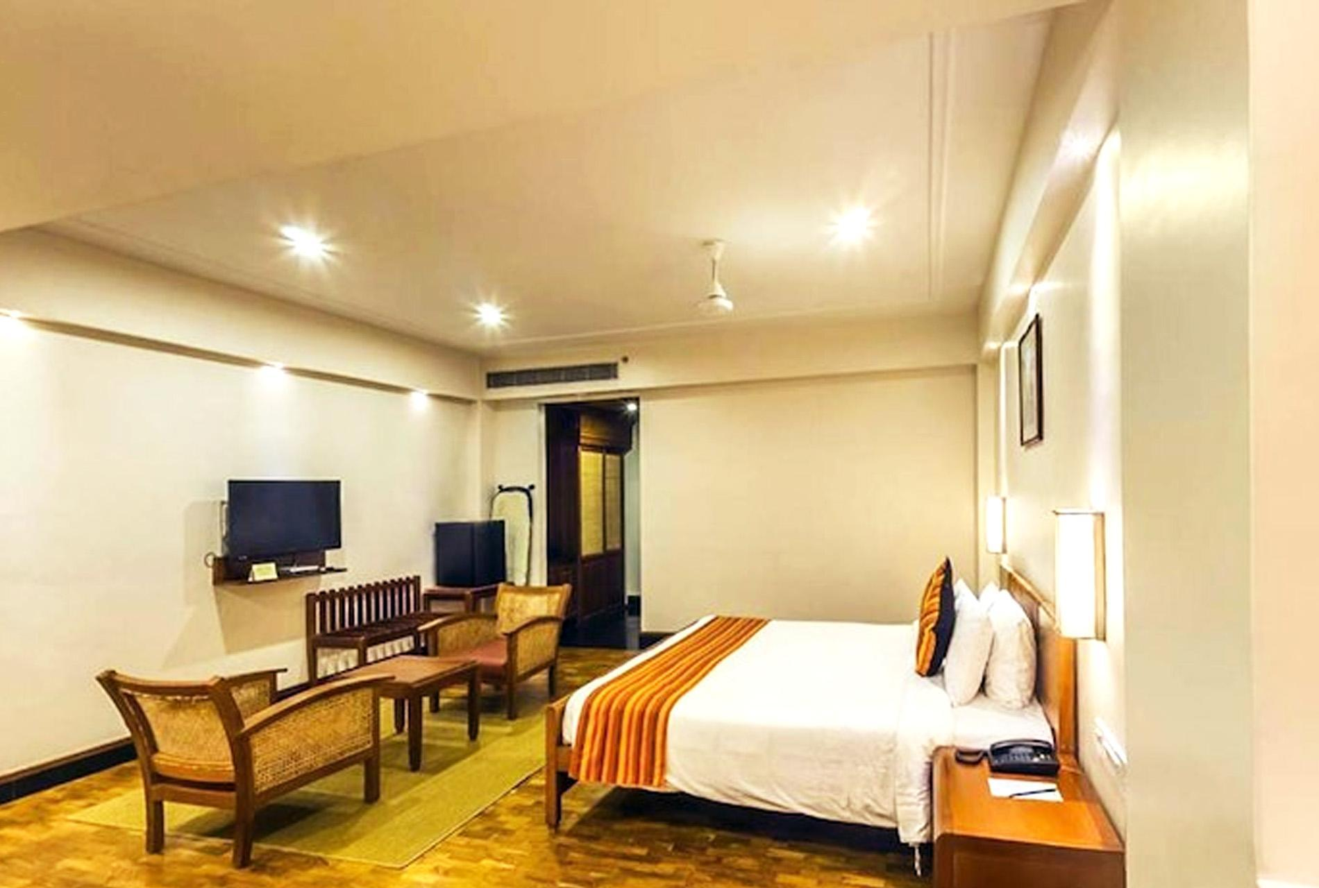 Grand Hotel Pet Friendly In Kochi Room Deals Photos Reviews