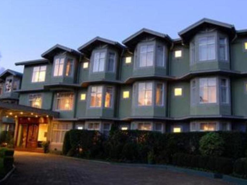 More About Galway Forest Lodge Hotel Nuwara Eliya