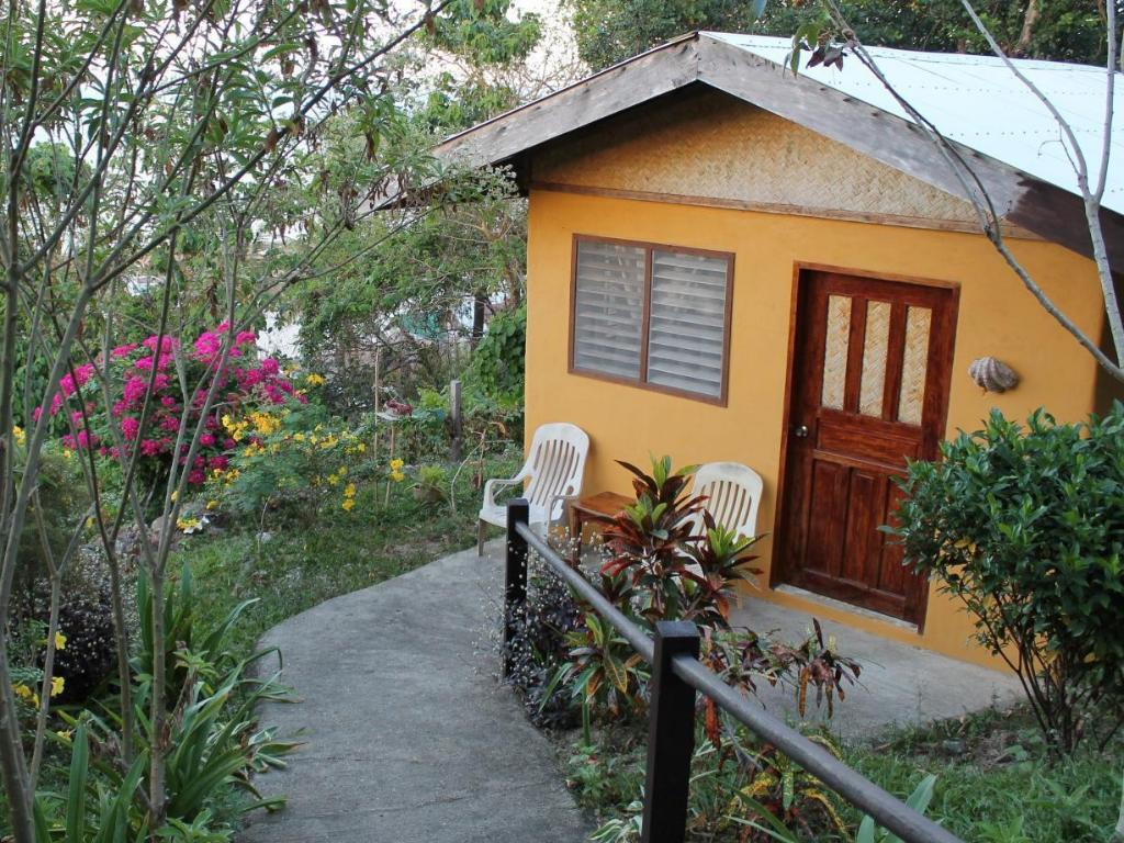 Small Cottage - Villa/Bungalow Casa Rosa Taytay