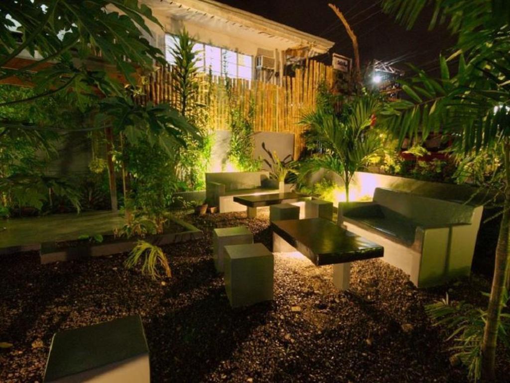 La Place Guesthouse in Cebu - Room Deals, Photos & Reviews