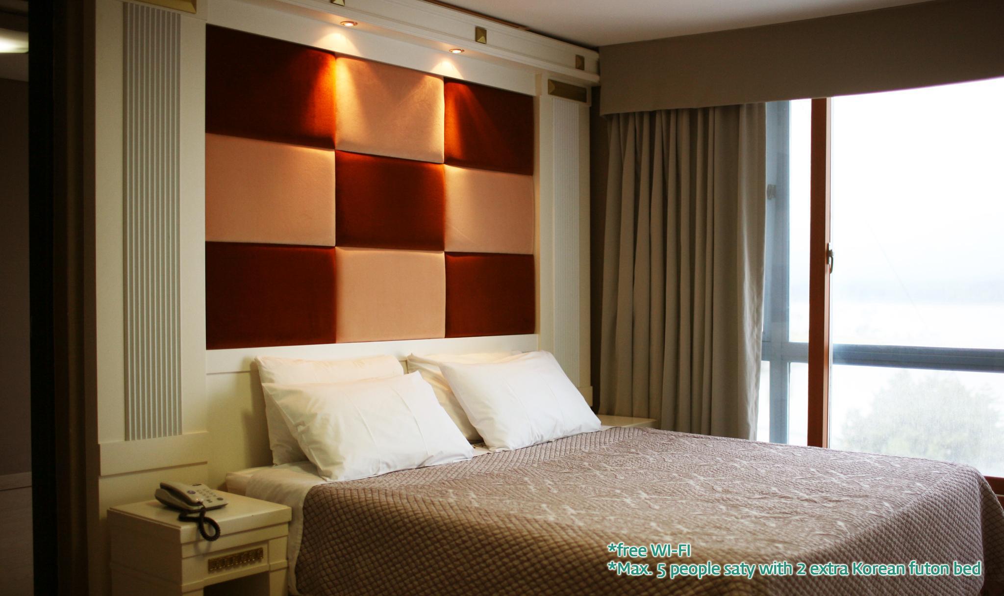 Standard Ondol Room Lake View