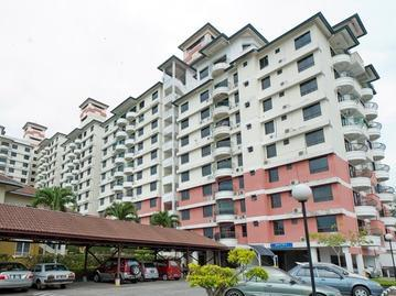 Selat Horizon Condo Apartment