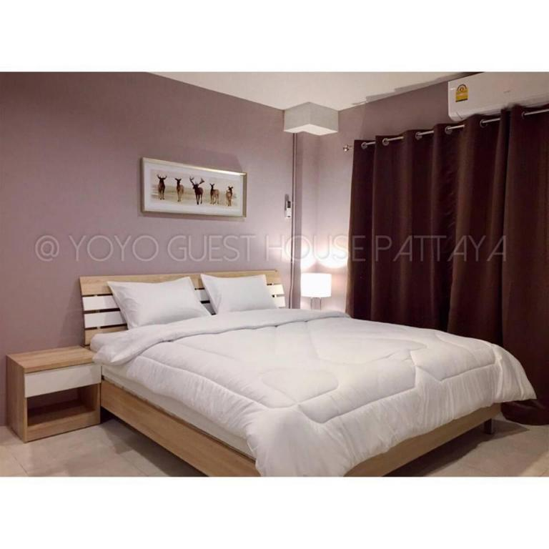 Double Room with Balcony YOYO GUEST HOUSE