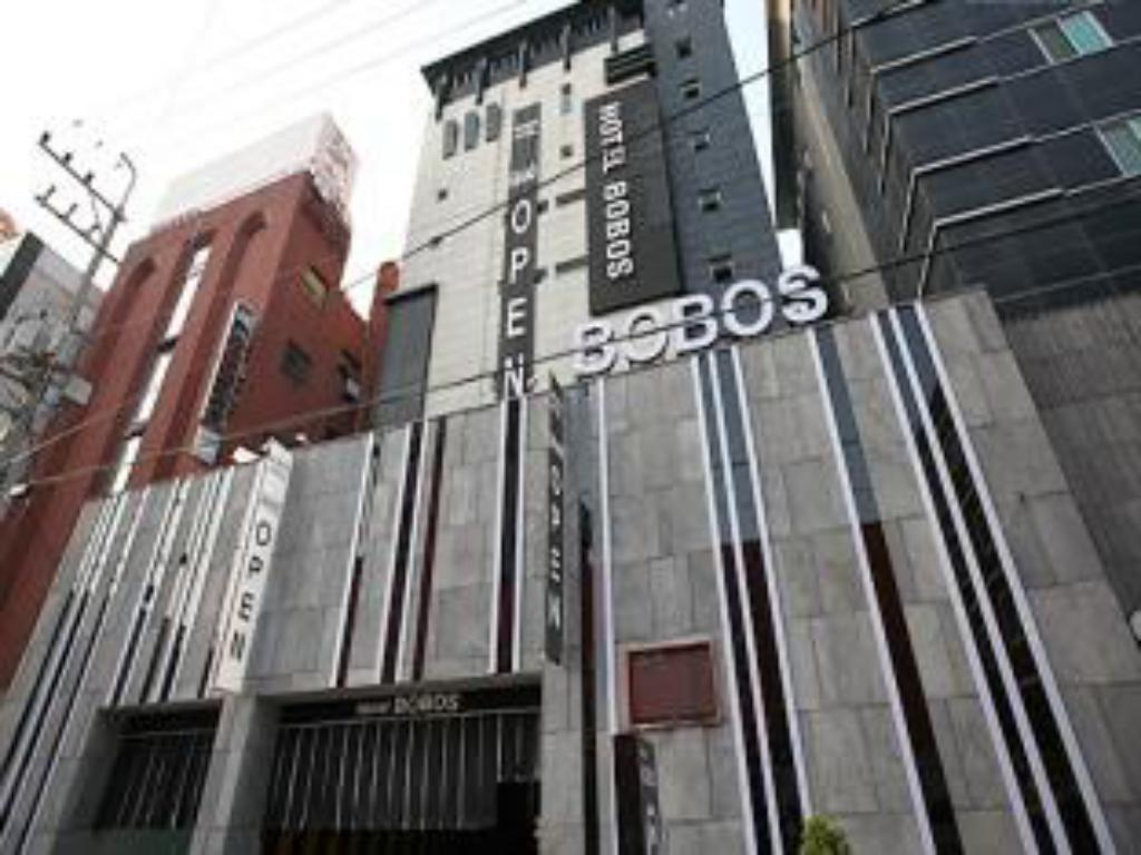 More about Bobos Hotel