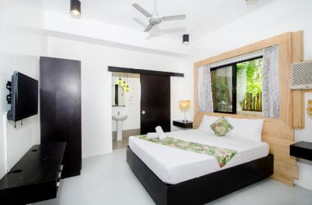 Deluxe Room Serviced Apartments by Eco Hotel Boracay