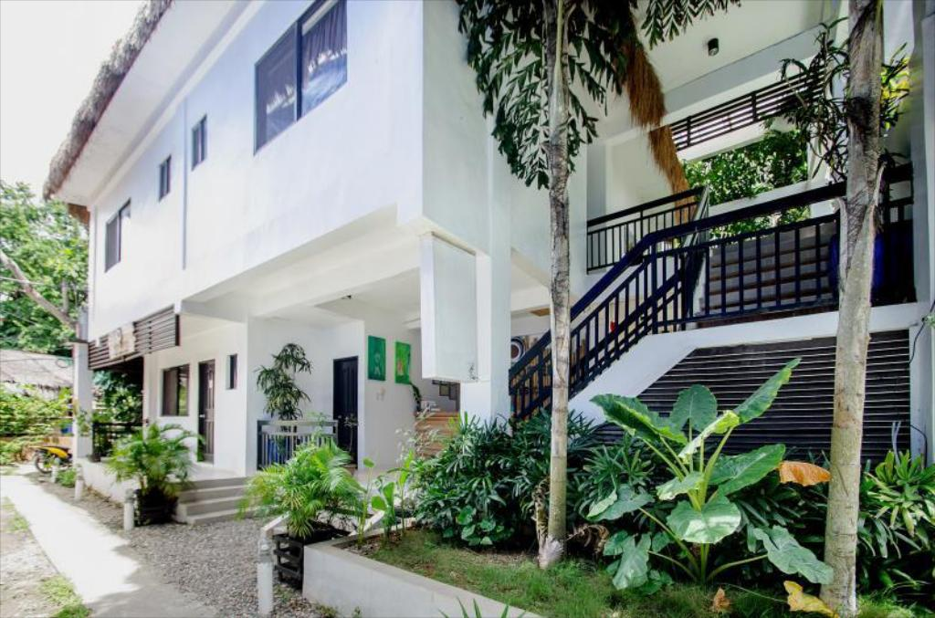Serviced Apartments by Eco Hotel Boracay in Boracay Island - Room