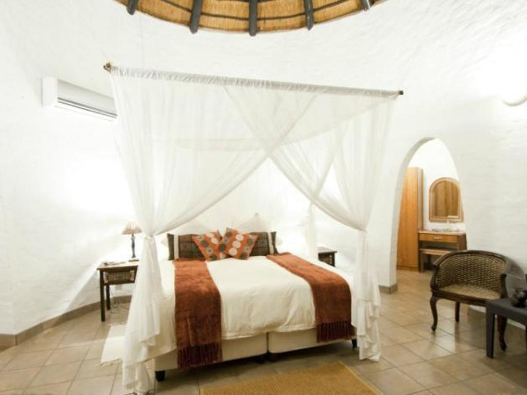 Family Rooms - Guestroom Zululand Safari Lodge