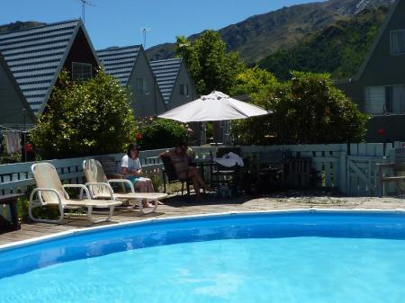 مسبح موتيل أروتاون فايكينج لودج (Arrowtown Viking Lodge Motel)