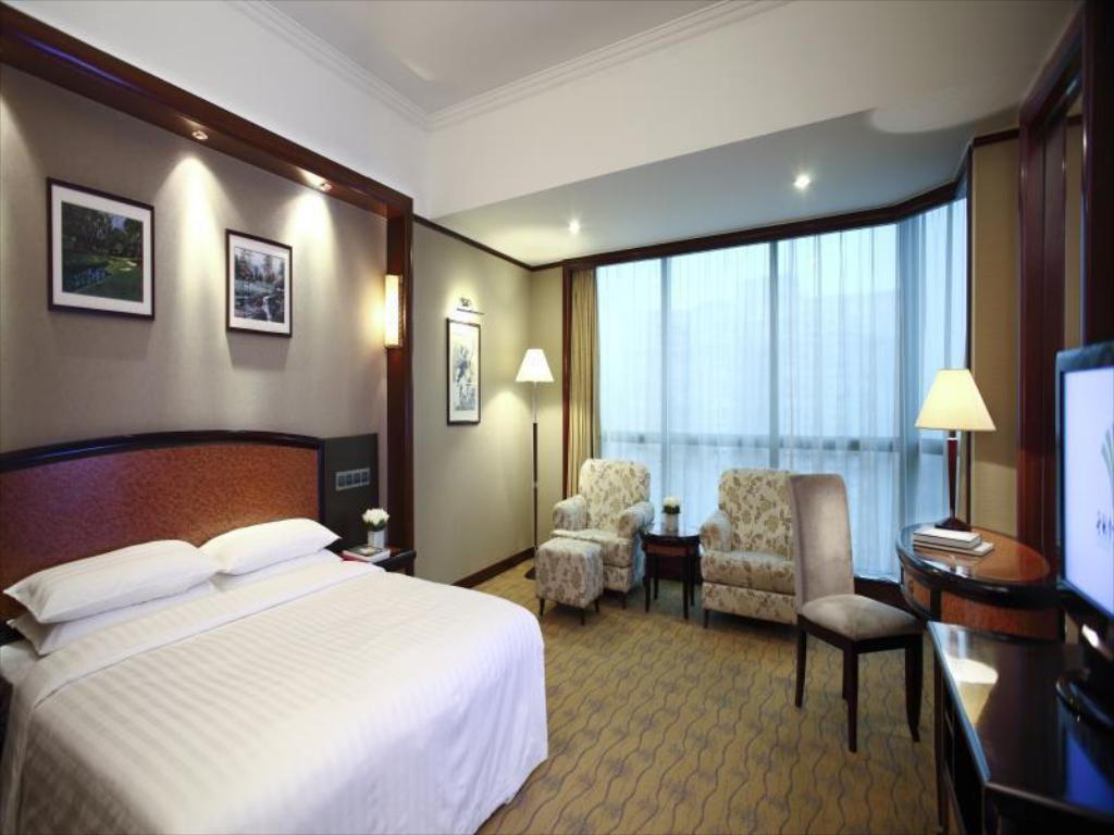 See all 41 photos Empark Grand Hotel Beijing