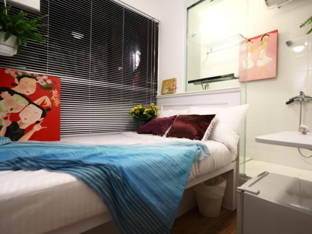 More about Apple Hotel (Causeway Bay)