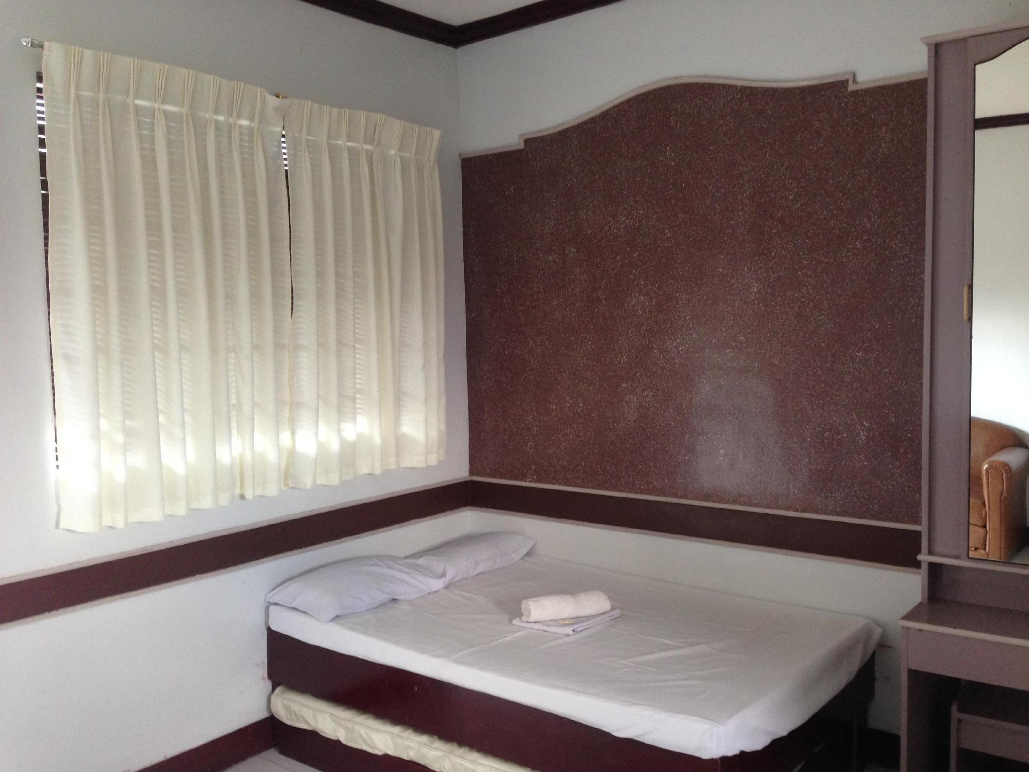 Best Price on Mayon View Apartelle and Restaurant Sa Bukid in ...