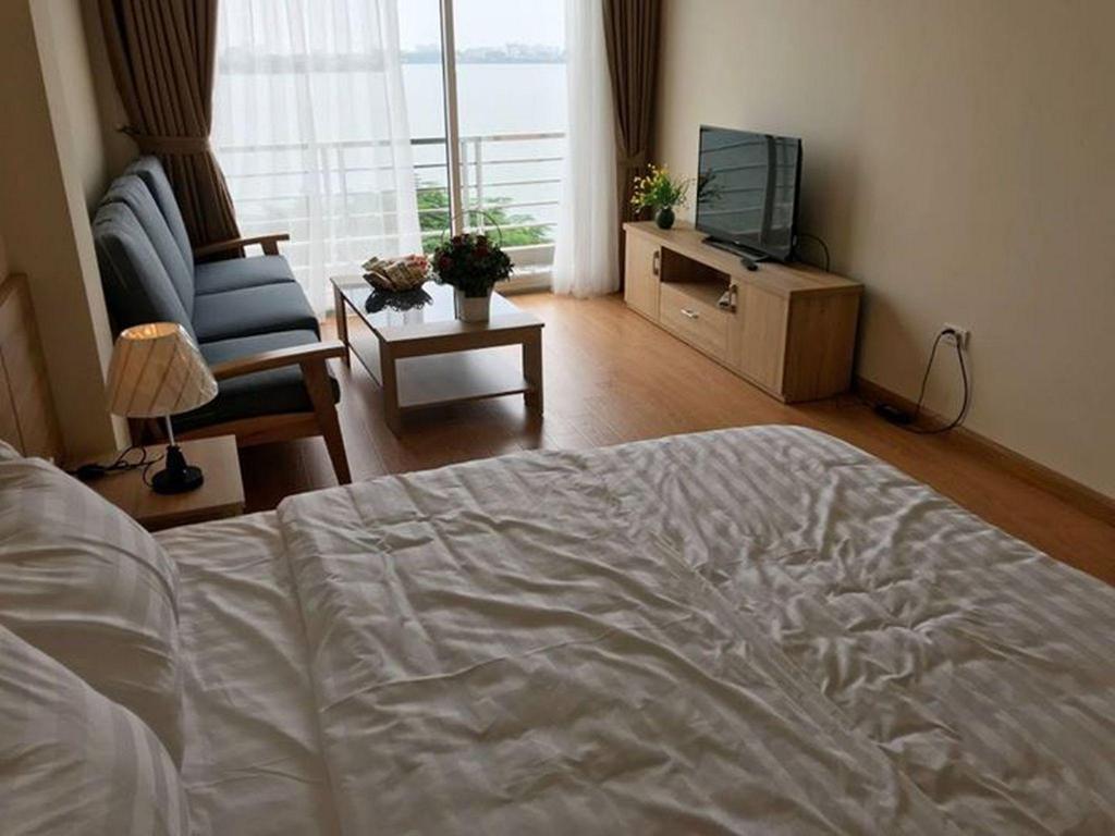 Phoenix Apartment 1 Bedroom 5 Entire Apartment Hanoi Deals Photos Reviews