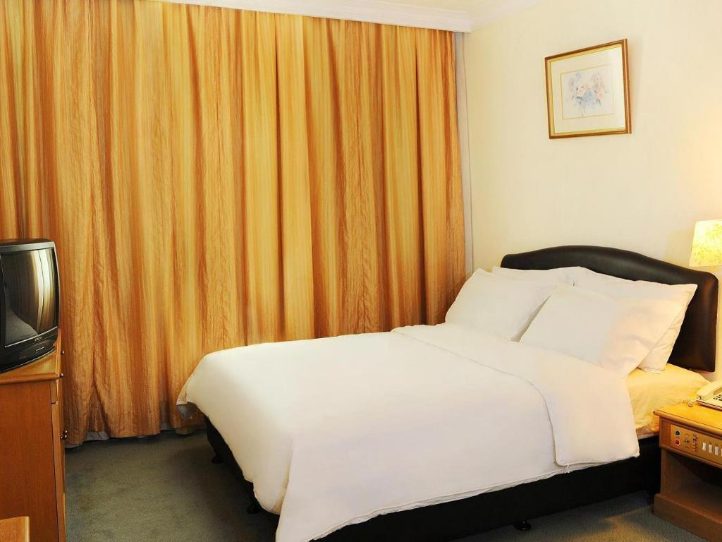 Standard Double - Bed Borneo Hotel Kuching