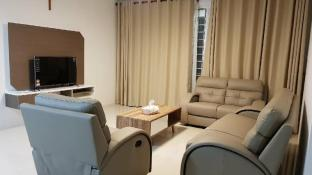 YOUR HOME (3 BEDROOMS SECURITY GATED APARTMENT)