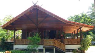 Tamarind Lodge