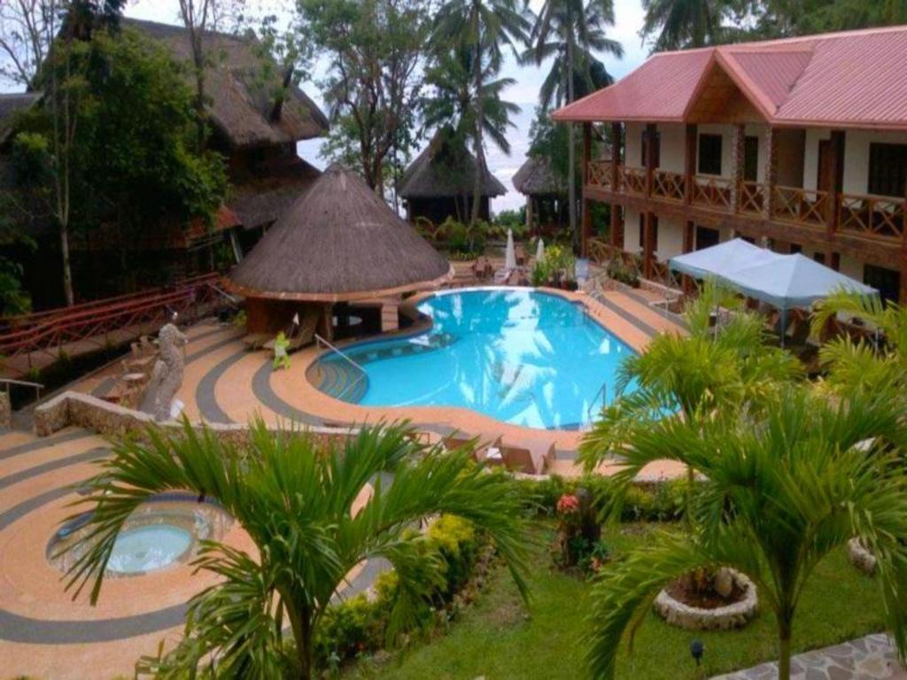 Nataasan beach resort and dive center in sipalay city - Sanom beach dive resort ...