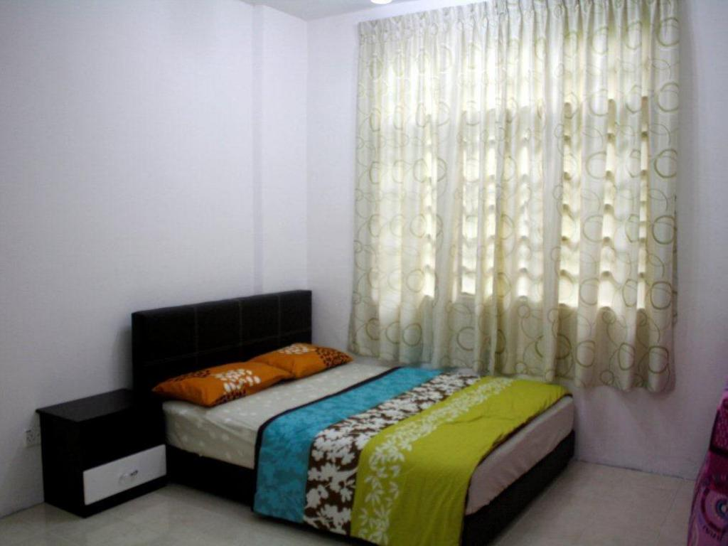 3 Bedroom Apartment Harvest Green Apartment @ Crown Imperial Court