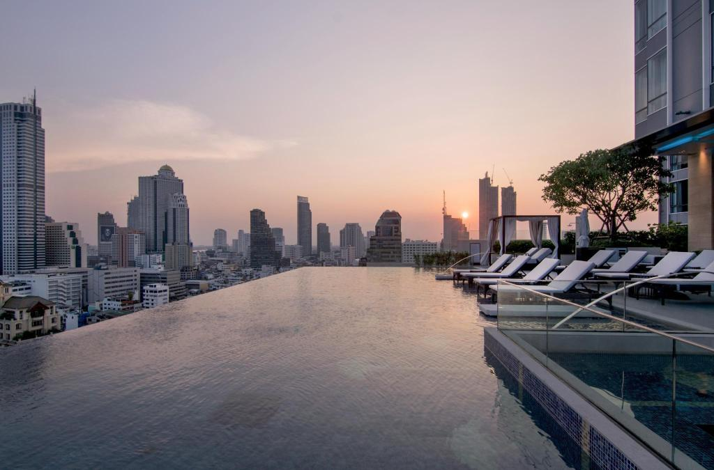 utomhuspool Bangkok Marriott Hotel The Surawongse