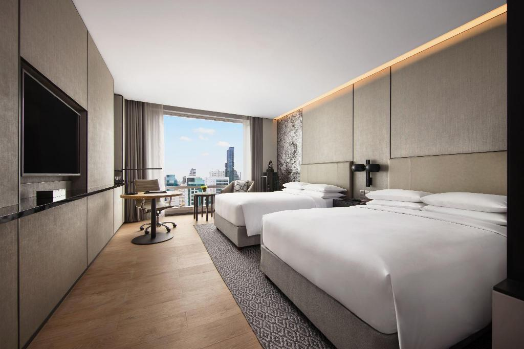 Deluxe, Guest room, 1 King or 2 Double, City view - View Bangkok Marriott Hotel The Surawongse