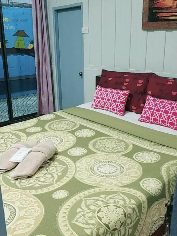 Standard Double - Bed Tamarind Guesthouse