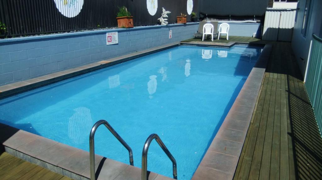 Swimming pool [outdoor] Kowhai & Colonial Motel