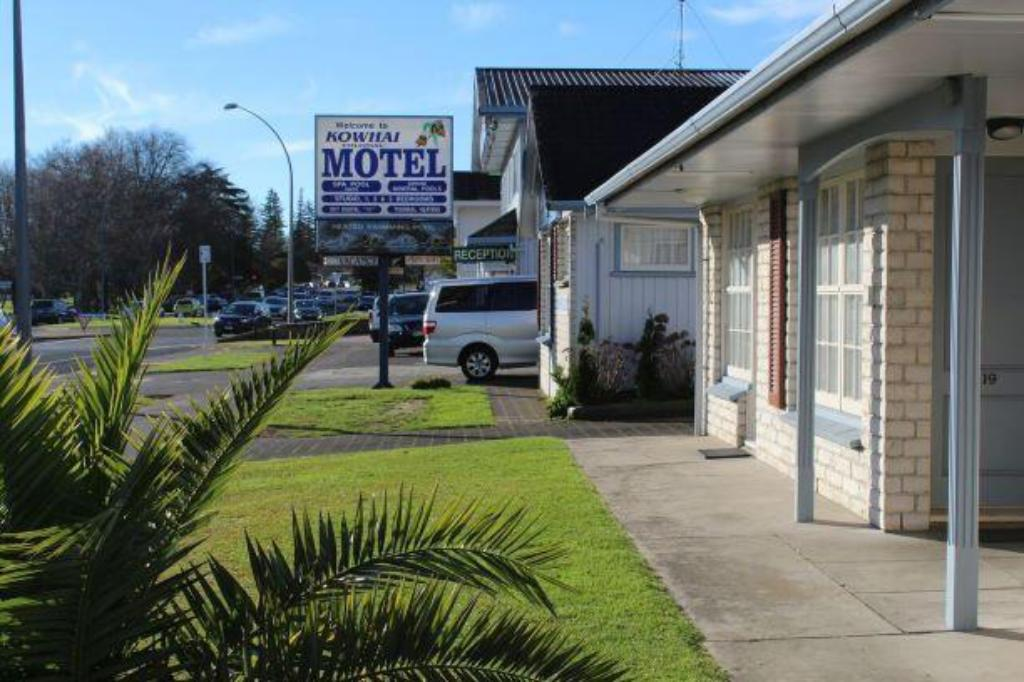 Exterior view Kowhai & Colonial Motel