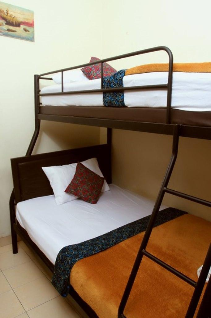 Bunk Bed Room with Air Conditioning
