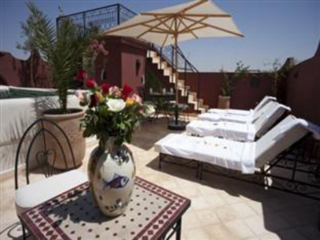 More about Riad M'Boja