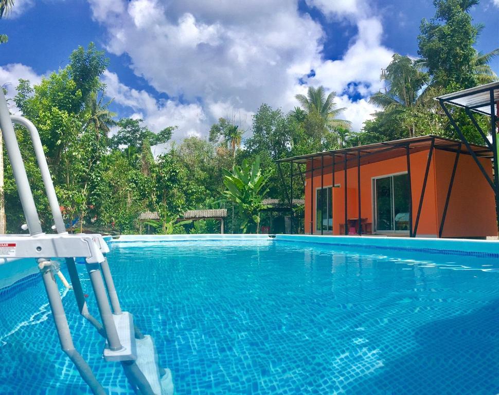 Subtawee Resort Suratthani Thailand