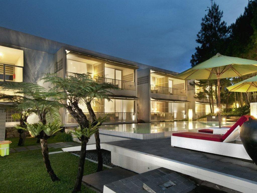 Bumi Bandhawa Hotel in Bandung - Room Deals, Photos & Reviews
