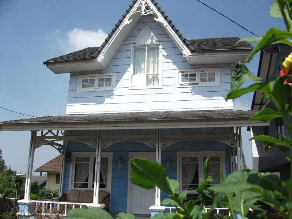 Best Price on Country Villa Lembang in Bandung + Reviews!