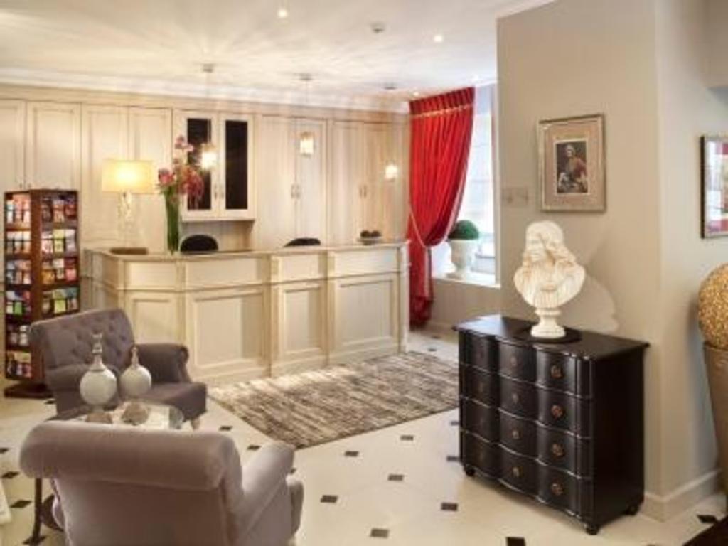 Hotel Des Champs Elysees Best Price On Hotel Des Comedies In Paris Reviews