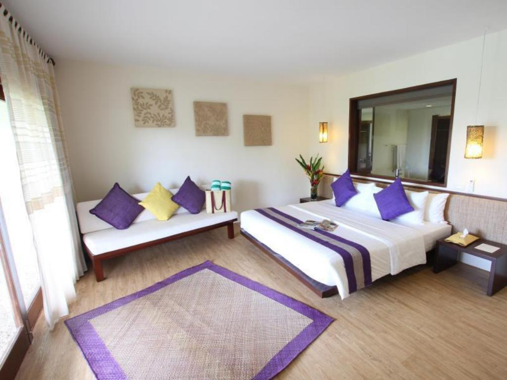 Deluxe King Ocean View Amun Ini Beach Resort & Spa