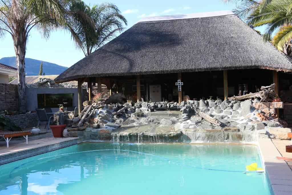 More about Aan die Oewer Guest House
