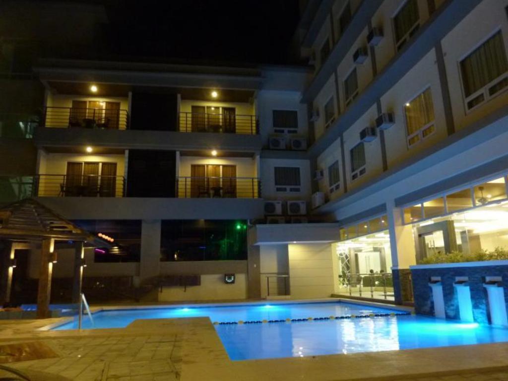 More About Circle Inn Iloilo City Center