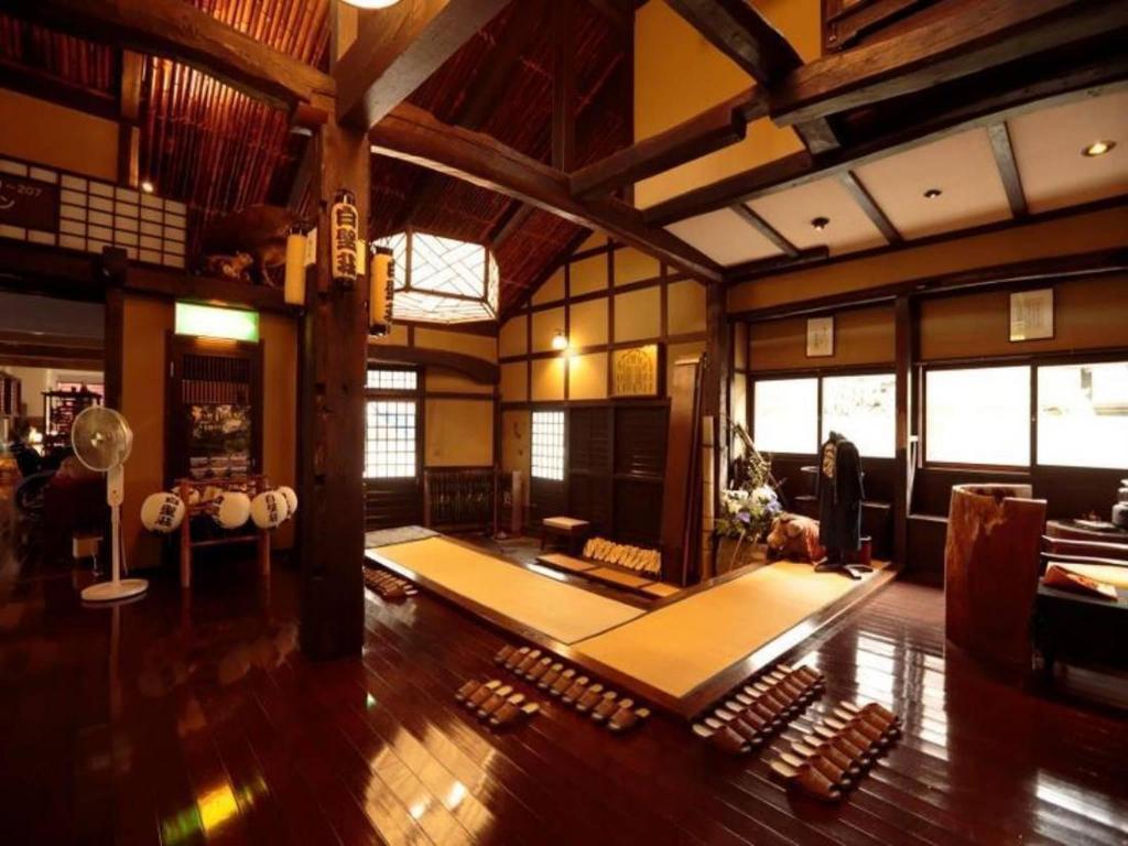 Traditional Onsen Ryokan Izu Yugashima Shirakabeso in