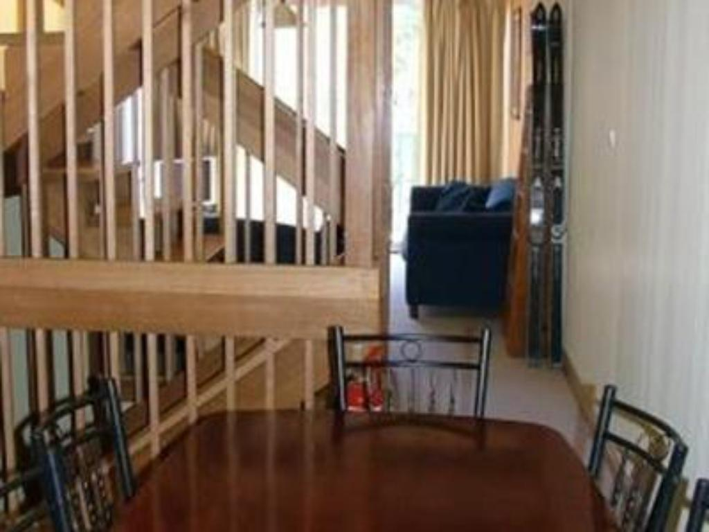 Interior view Warrina 12 Private Holiday Apartment