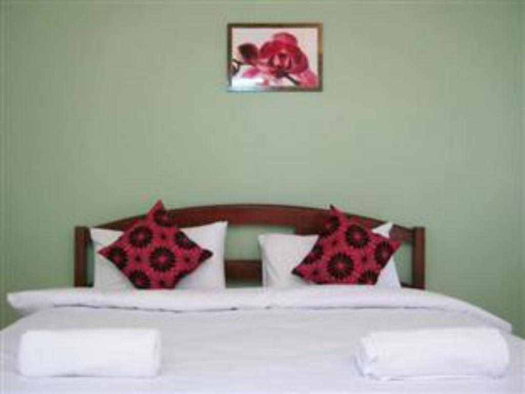 Kamar Superior King Sirin Place Boutique Apartment