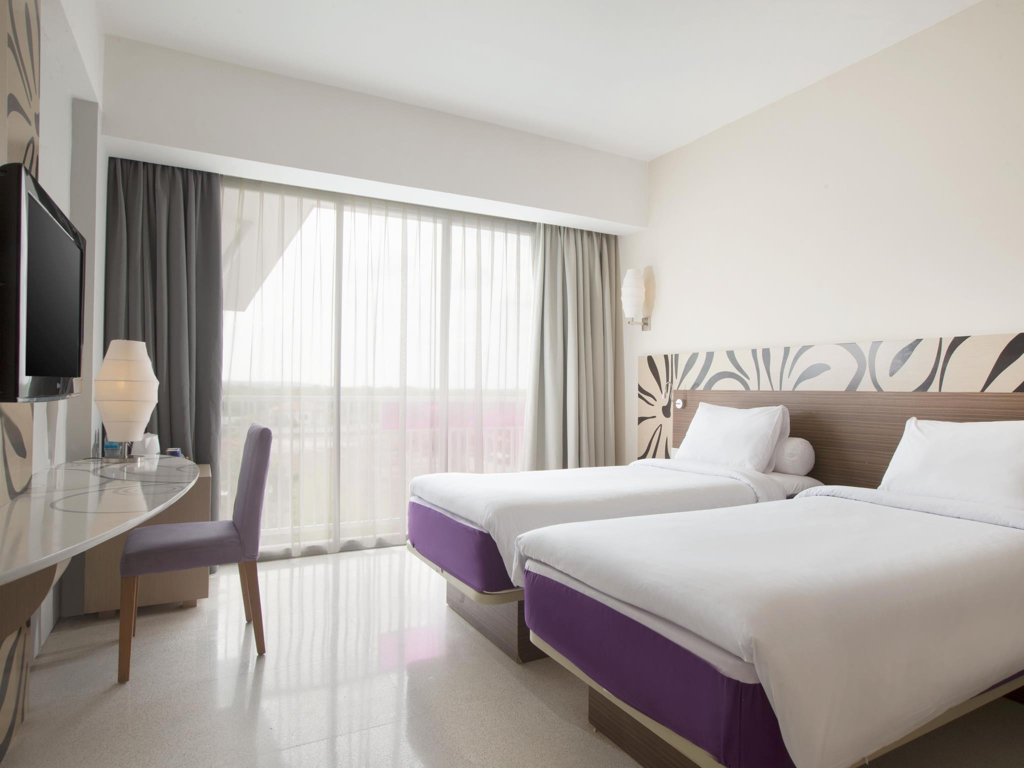 Standard Twin Bed with balcony