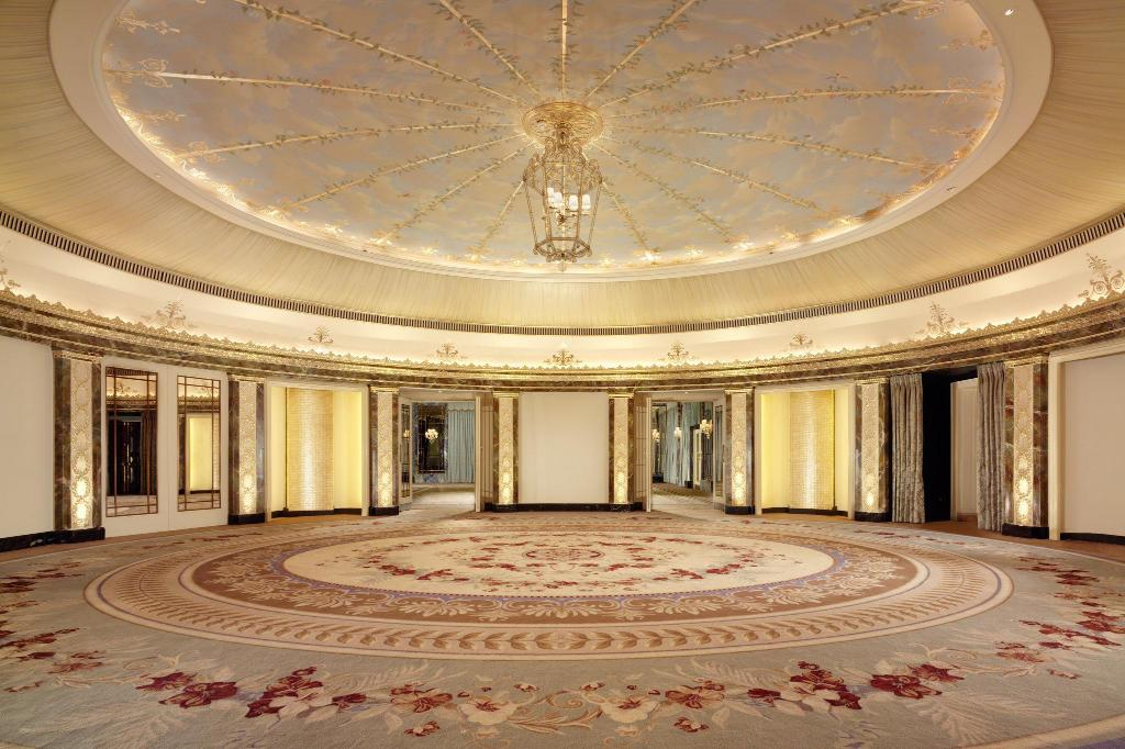 Hall The Dorchester
