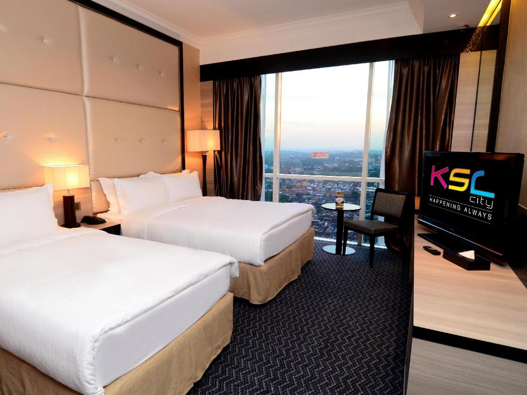 Deluxe Triple KSL Hotel & Resort