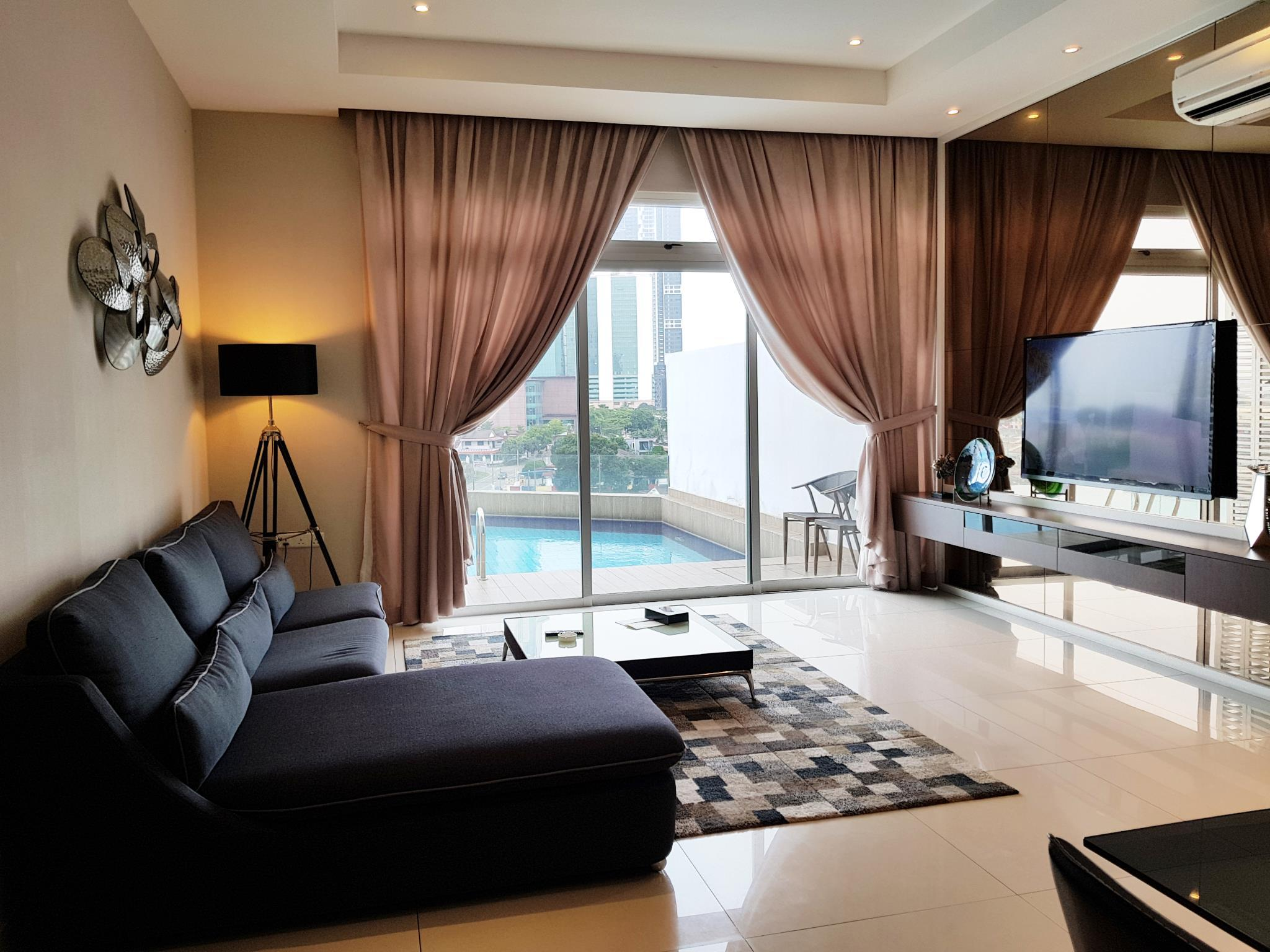 2-Bedroom Premier Apartment with 1 King Bed, 1 Queen Bed and Private Pool