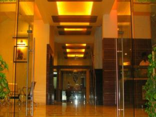 Rajdhani, The Star Hotel