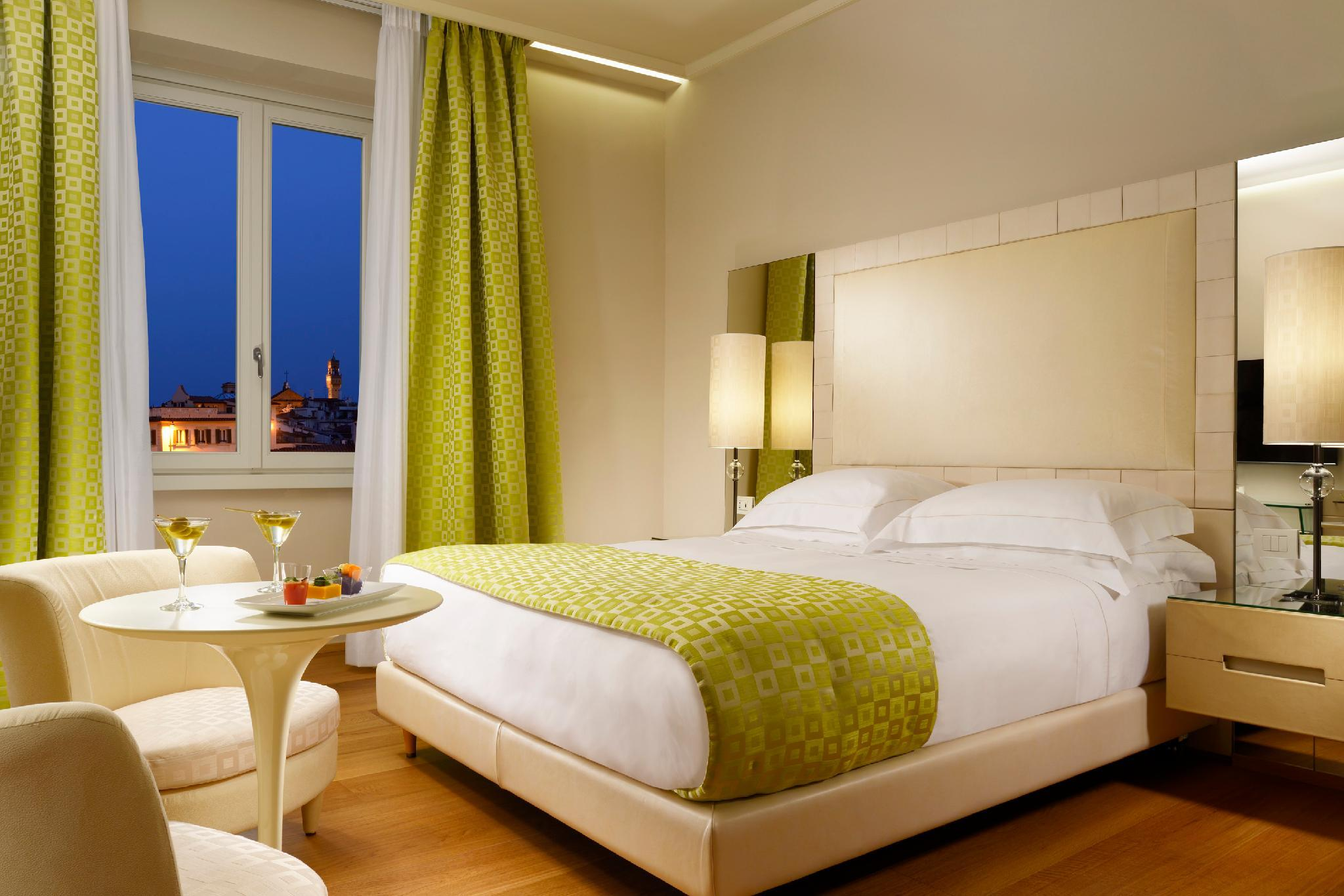 Deluxe Double or Twin Room City View
