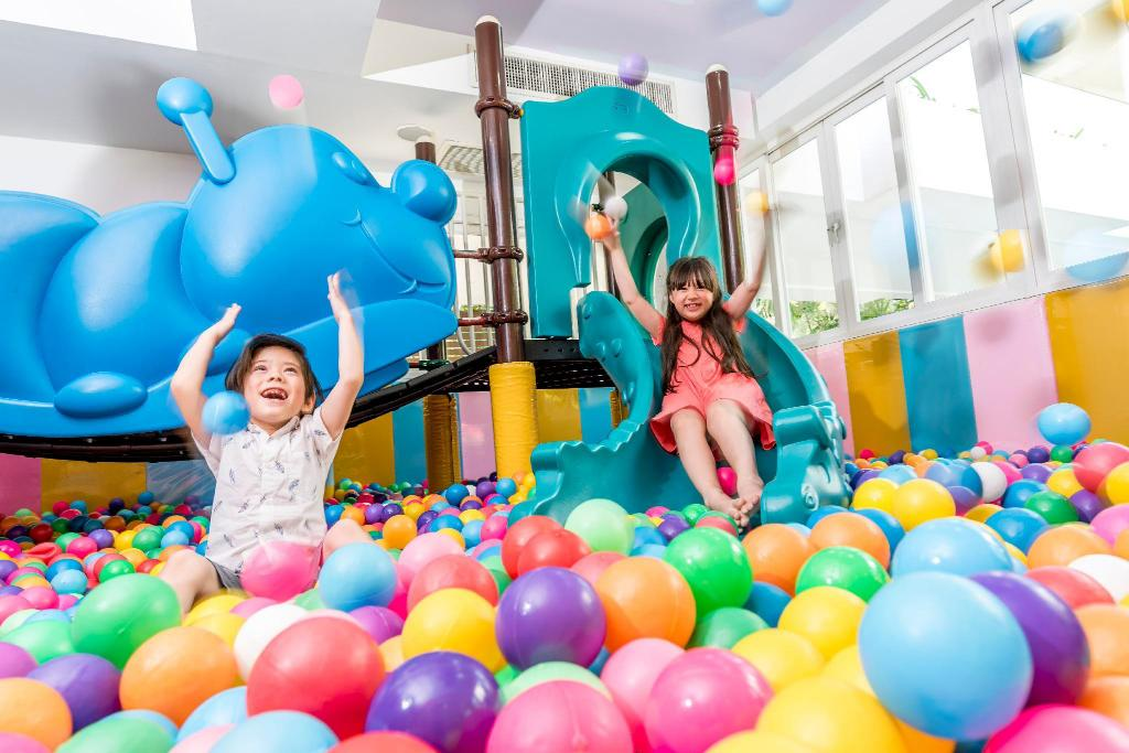 Kid's club Novotel Hua Hin Cha Am Beach Resort & Spa