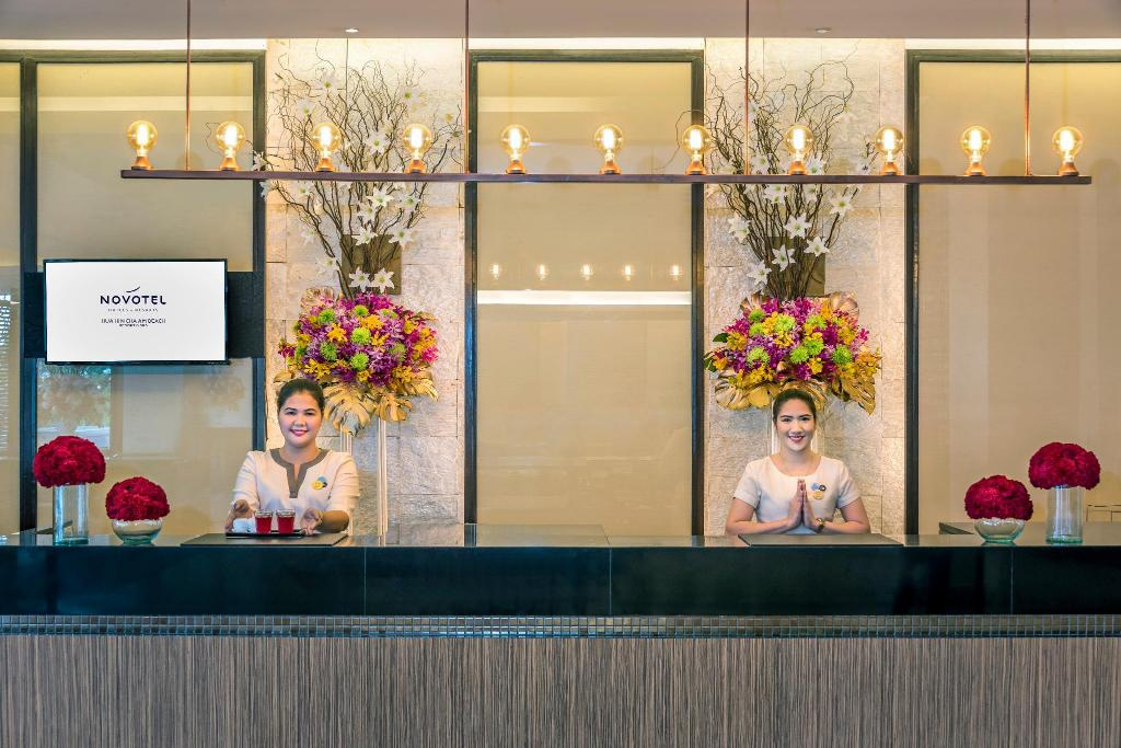 Lobby Novotel Hua Hin Cha Am Beach Resort & Spa